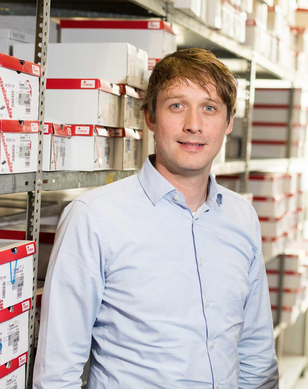 Sebastian Fölsch, Store Manager